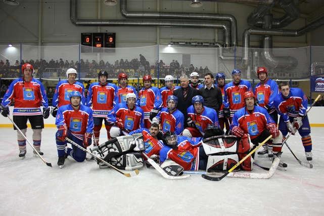 Балаковские ветераны хоккея