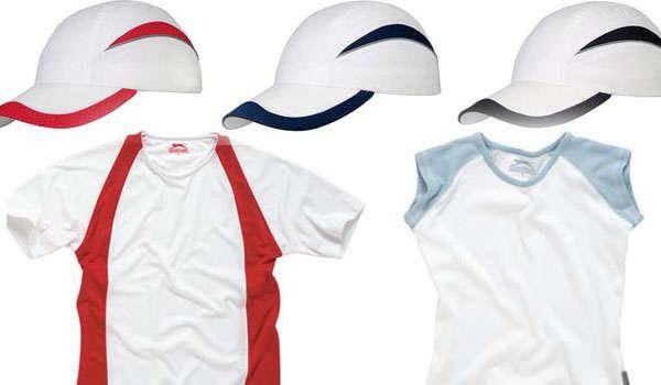 футболки и бейсболки
