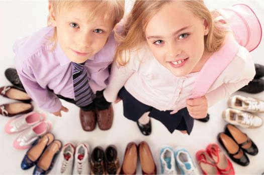 выбор обуви детьми