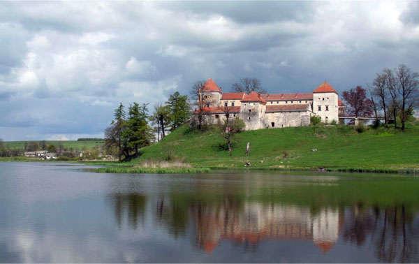 замок Свирж на Украине